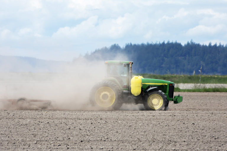 Researchers hope to replace existing technologies with low-emission equivalents, including green methods for synthesizing fertilizers and replacement of fossil fuel-powered farm equipment with electric equivalents run by renewables. Image by Chris_LeBoutillier via Pixabay (Public domain).